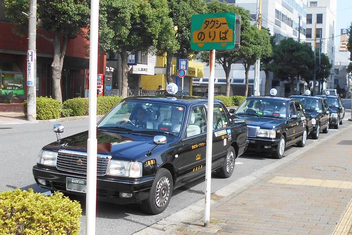 タクシーの待機場も多数存在